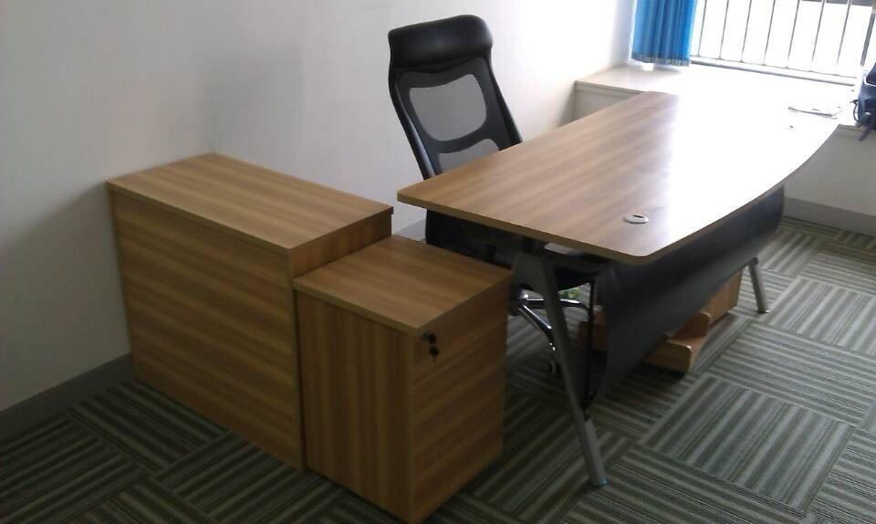办公家具回收多少钱