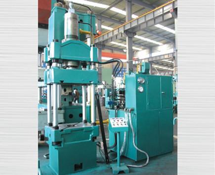 四柱式双动数控液压机