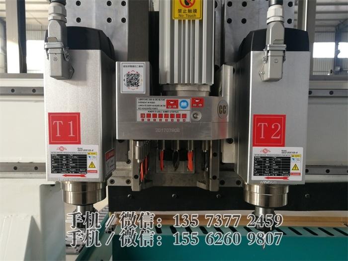 R6-雙主軸排鑽開料機 自動上下料