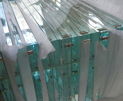 贵阳钢化玻璃厂家