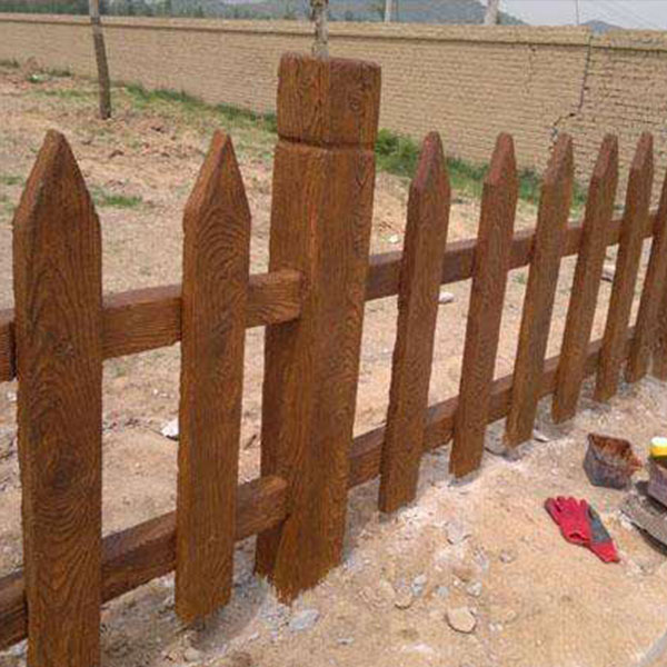 贵阳仿木栏杆厂家