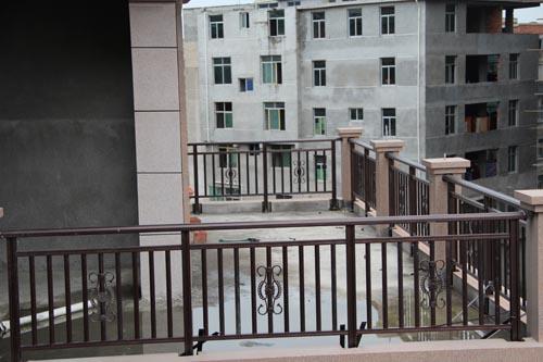 鋁藝陽台欄杆
