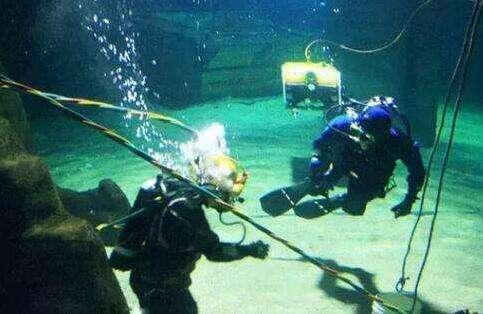 水下施工作业