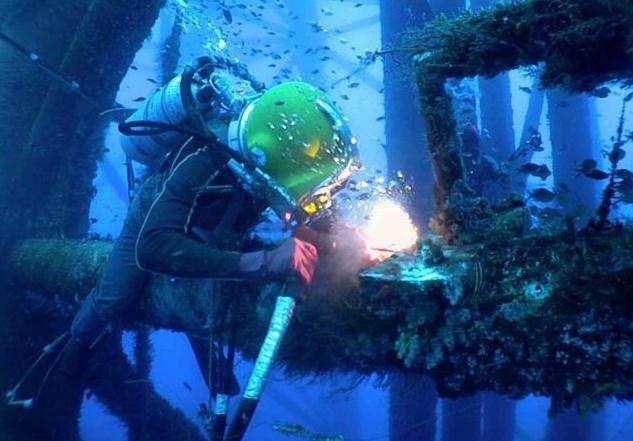 水下焊接作业