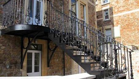 别墅铁艺楼梯