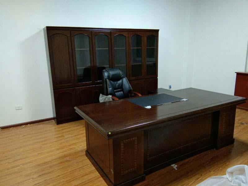 實木辦公桌