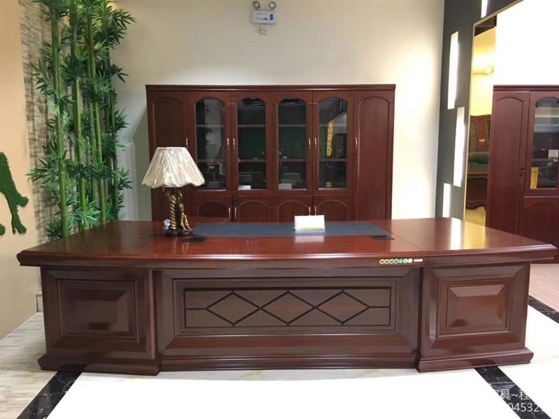 贵阳总裁办公桌