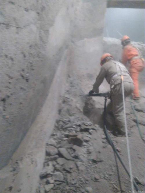 水泥庫清庫技术方案