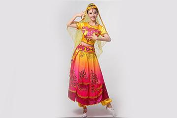 古典民族服装