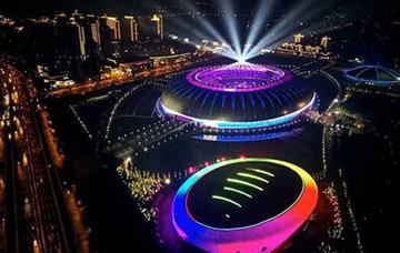 體育場照明
