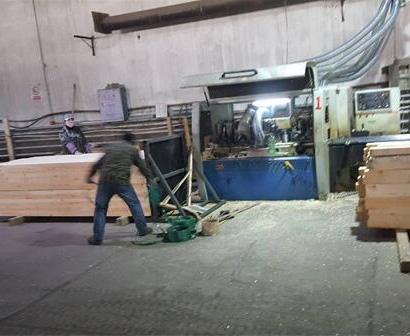 防腐木材料加工