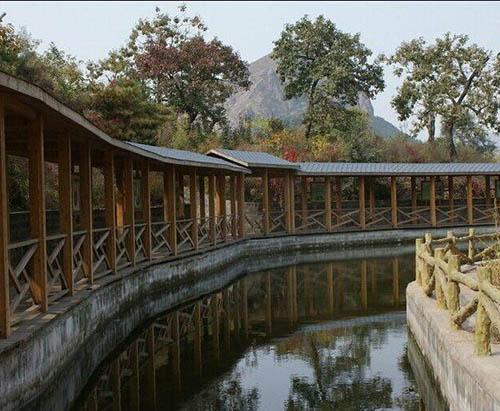 贵州防腐木长廊