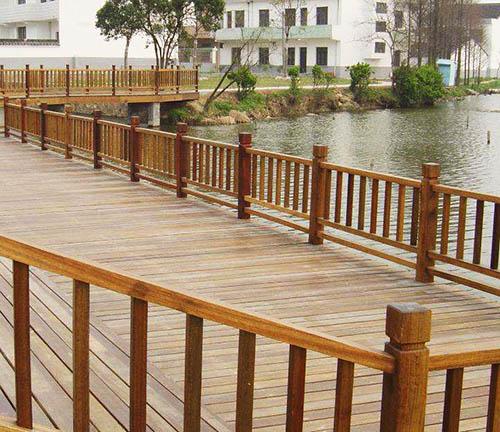 贵阳防腐木栏杆安装