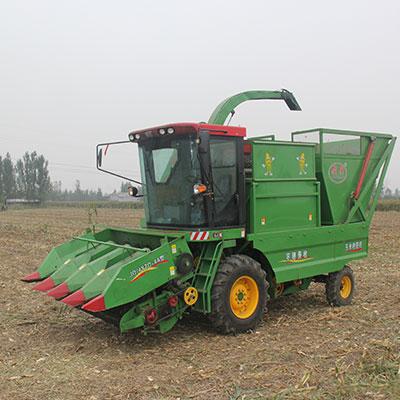 玉米秸稈青儲收割機