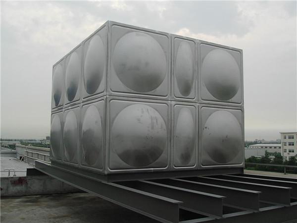 订做不锈钢生活保温水箱