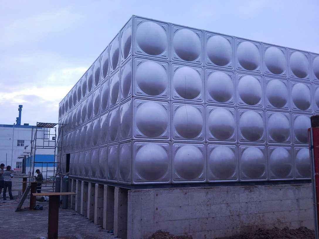 武汉不锈钢保温水箱厂