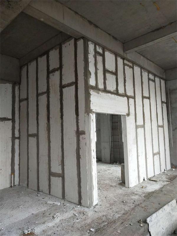 新型轻质隔墙板生产厂家