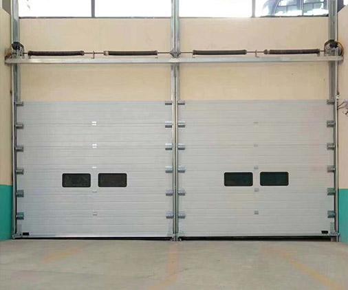 工业车库门安装