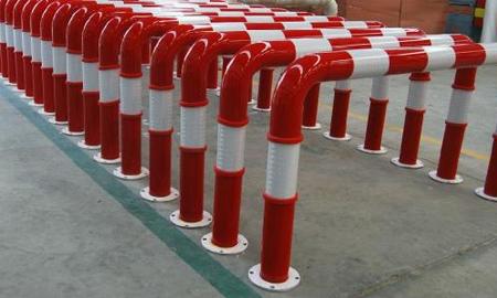 加油站防撞柱