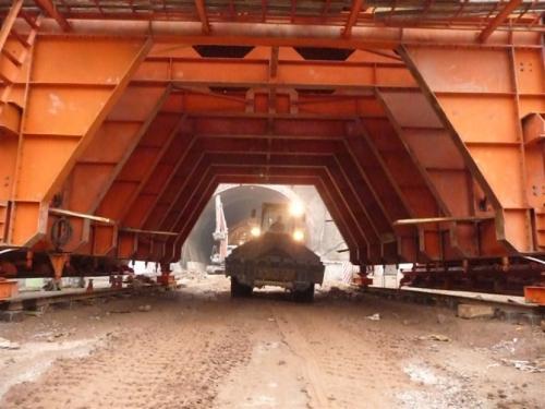昆明路桥钢模板