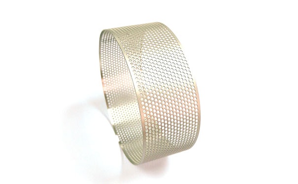 喷砂银色无缝焊接滤网