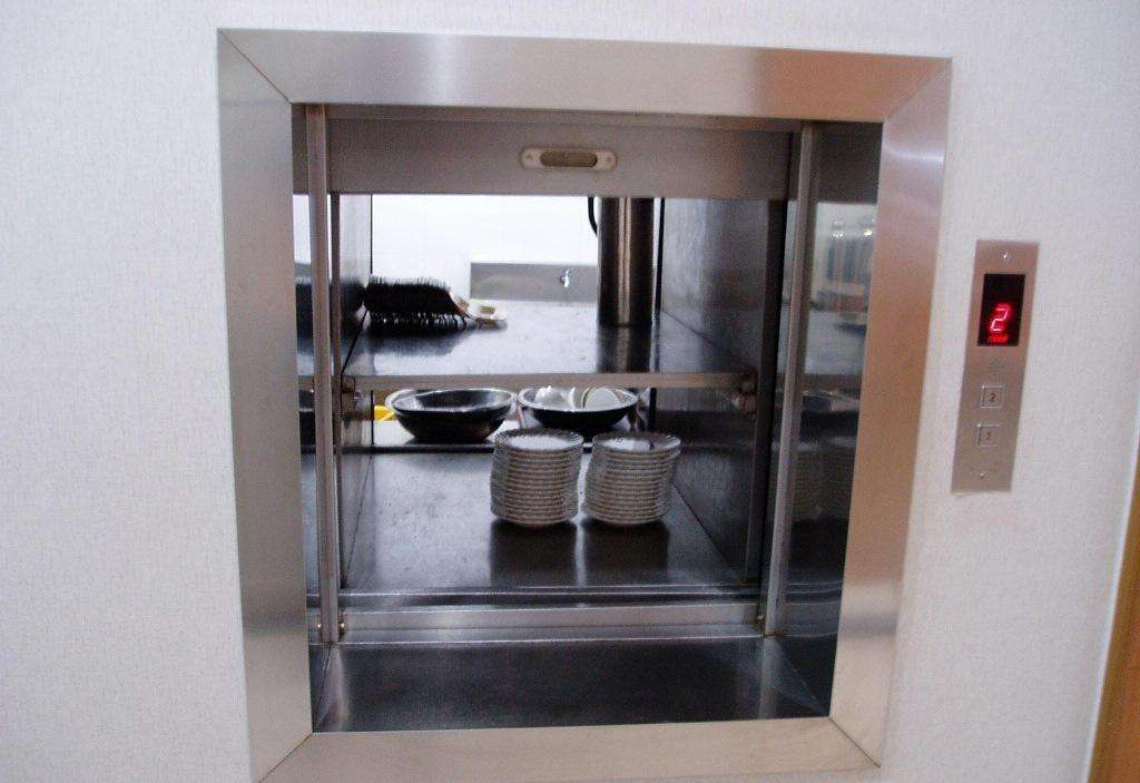 厨房传菜梯