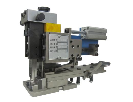 端子压接模具TM-0240