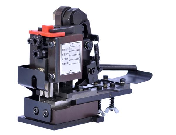 端子压接模具TM-0230