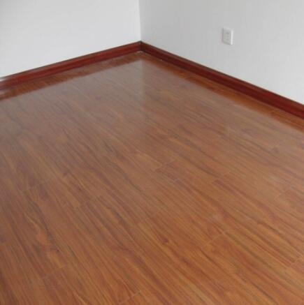 天津复合木地板批发
