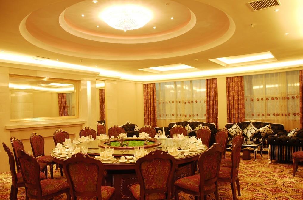 酒店销售餐桌