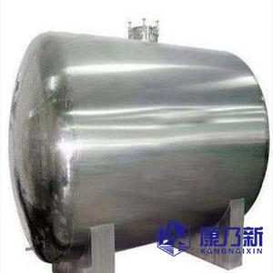 圆柱形不锈钢水箱安装