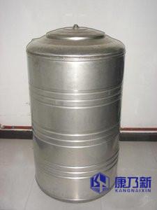 不�P��A柱形水箱