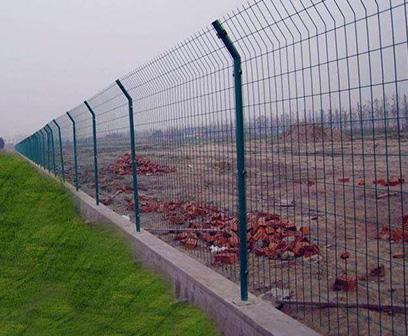 山东双边丝护栏网