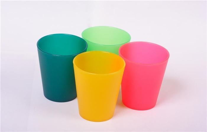 山东ag亚游塑料制品厂生产塑料水杯
