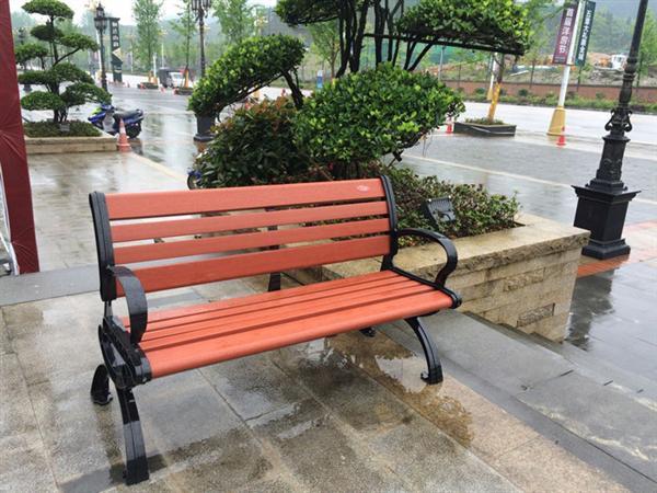 贵阳公园椅子
