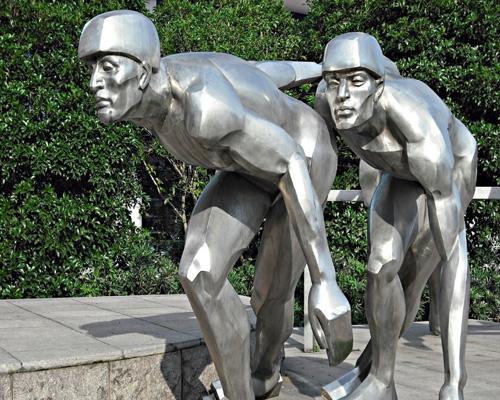 不锈钢雕塑制作