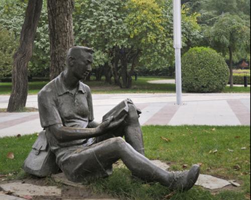 校园雕塑定制