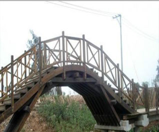 防腐木桥梁安装