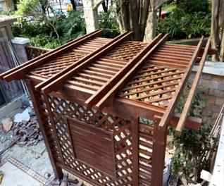 防腐木葡萄架安装