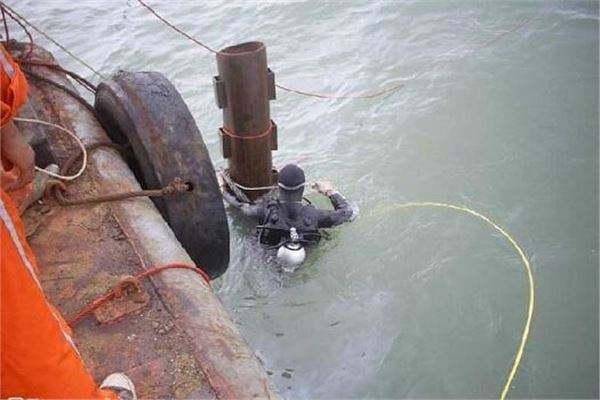 水下打桩工程