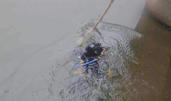 长沙蛙人水下封堵