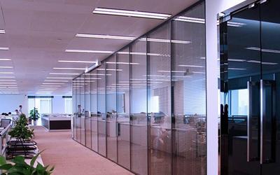 百叶玻璃高隔间