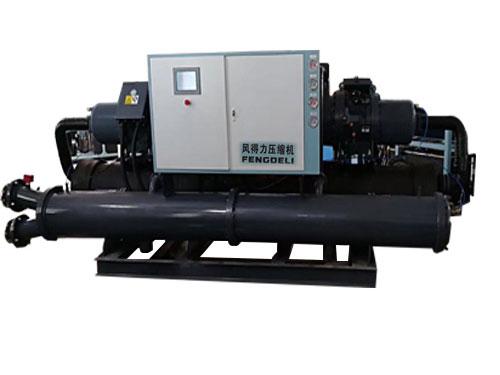 螺杆式冷水机