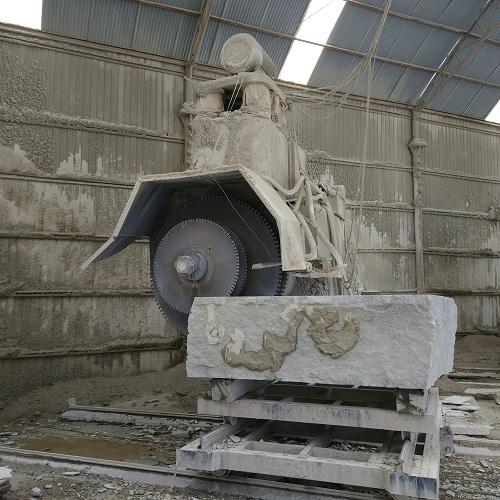 单臂锯石机
