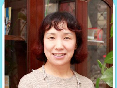 心理咨询师李志芳
