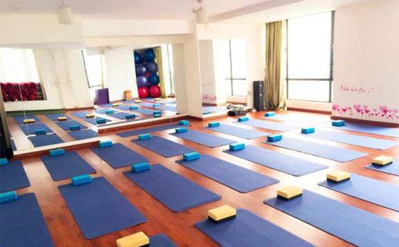 瑜伽企业课