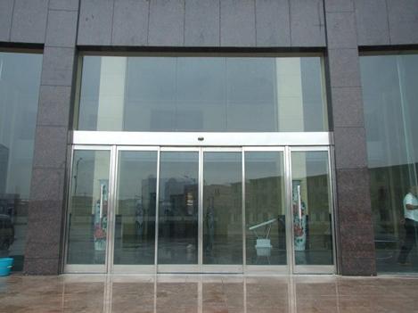 写字楼玻璃感应门