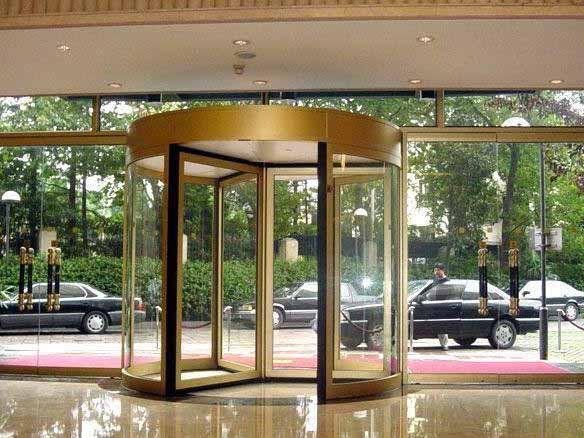 酒店三翼旋转门