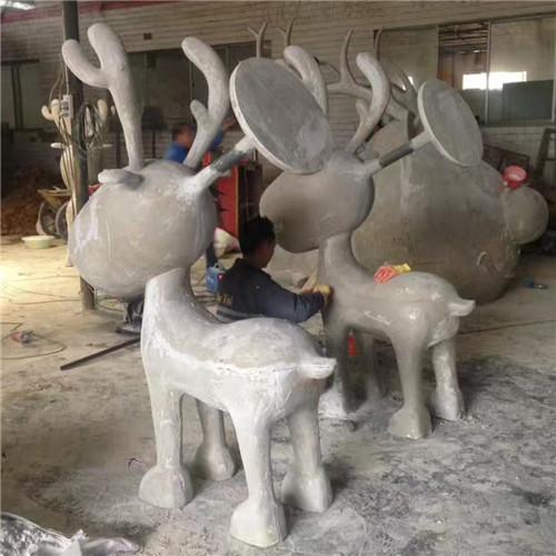 成都抽象人物雕塑