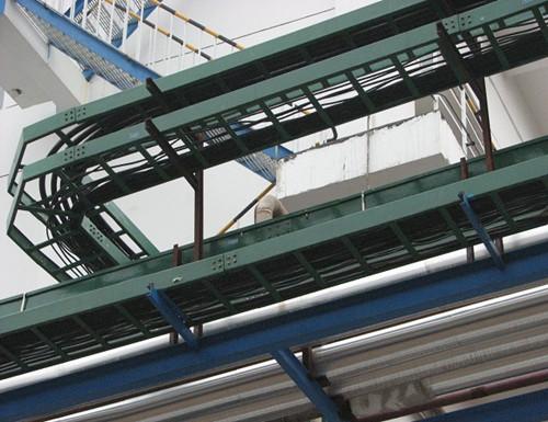 耐腐蚀玻璃钢桥架